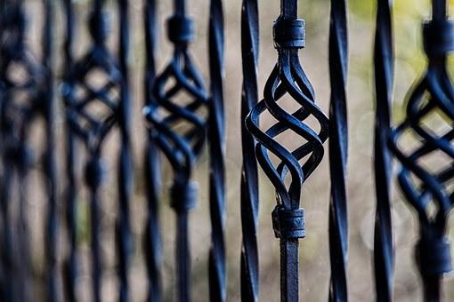 artystyczne bramy i ogrodzenia w Krakowie